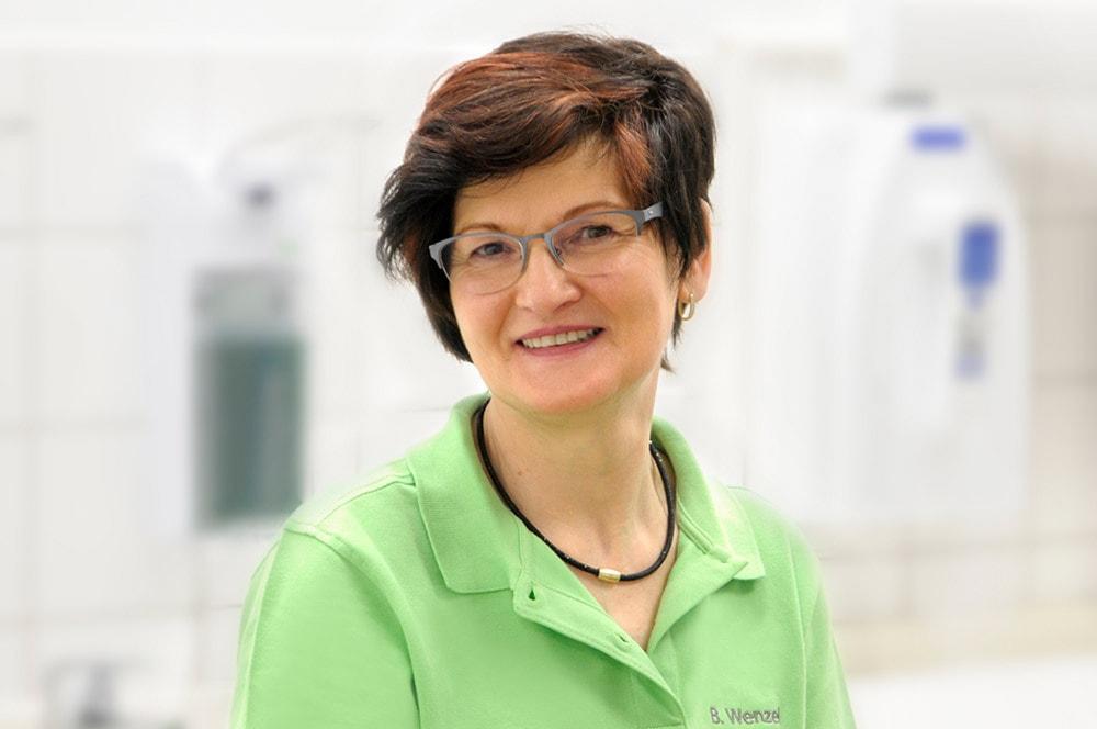 Brigitte Wenzel bei Zahnarztpraxis Lindemann